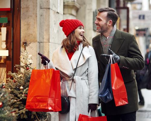 Christmas-Night-Shopping